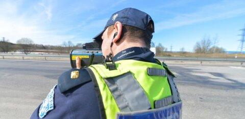 Гнавшего со скоростью 120 км/ч у пешеходного перехода водителя наказали арестом