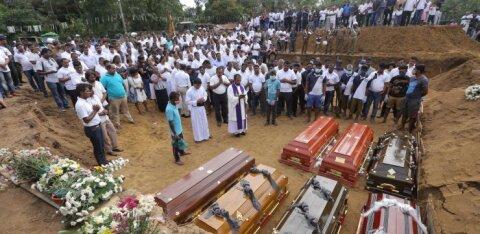 На 100 человек меньше: власти Шри-Ланки уточнили число жертв теракта