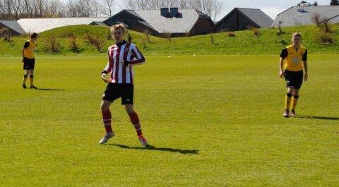 90df5363f80 FC Nõmme United ´97 ründaja Mark Oliver Roosnupp Sunderlandi särgis. Foto:  erakogu