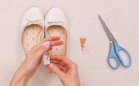 EMMEHÄKID  Nutikas nipp, mis välistab selle, et laps jalanõud valesse jalga paneb