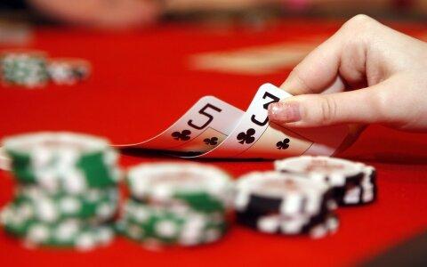 pokker-poker-kaardimang-hasartmang-gambl