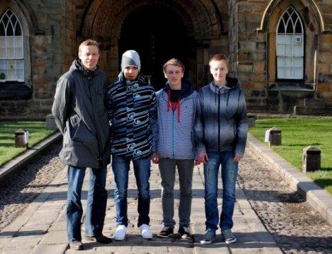 d6e81614a77 FOTOD: Nõmme Unitedi poisid jätsid Inglismaa Premier liiga klubis ...