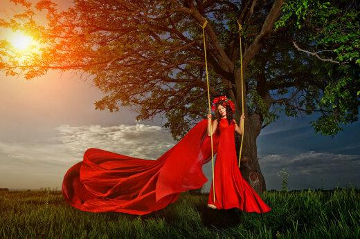 Tänane marjapunapäev on naiste tähtsaim püha, mil tuleb teha rituaale ja juua punajooki