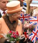 Elizabeth II Raekoja platsil