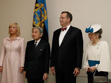 Evelyn Ilves, Jaapani keiser Akihito, Toomas Hendrik Ilves, keisrinna Michiko