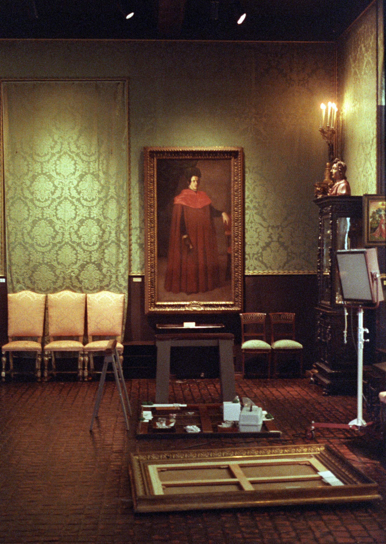 """Maas tühjas raamis oli Rembrandti maal """"Daam ja härrasmees"""", mis oli üks 13-st varastatud teosest."""